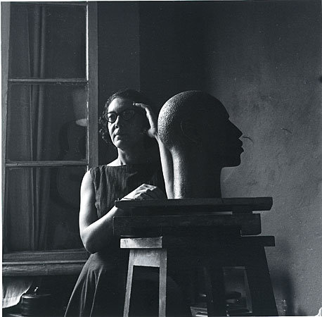 elizabeth-catlett-1949-mariana-yampolsky_
